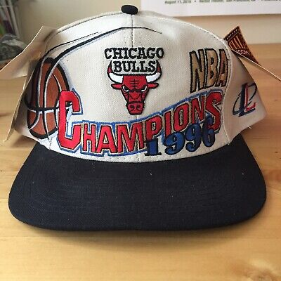 c70ca76e691 90s VINTAGE CHICAGO BULLS SnapBack Hat Logo Athletic 1996 CHAMPIONS NEW w   tags