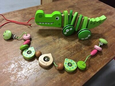 Wooden Toy CROCODILE  Pull Along Plus EverEarth Wooden Prom Toy LEAF
