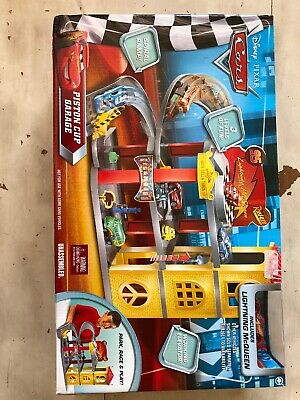 3 Lightning Pixar In Cars Cup Garage Mcqueen Disney New Box Level With Piston PkZiuOX