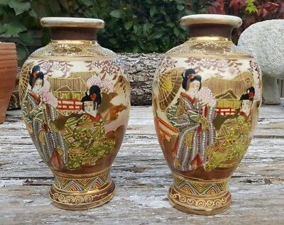 Lovely Pair of Vintage or Antique Satsuma Vases featuring Geishas in VGC