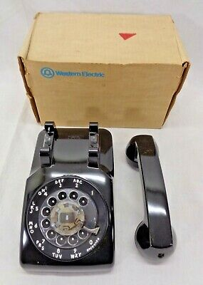 1969 Bell Systems Black Western Electric Model 500 Rotary Desk Phone w/ Box DM03