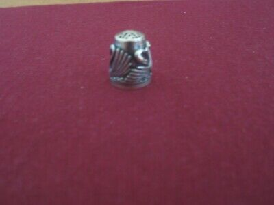 Sterling Silver Wengert Swan Thimble Germany.