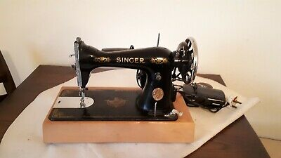 Beautiful Vintage 1934 Singer sewing machine converted to electric fully working