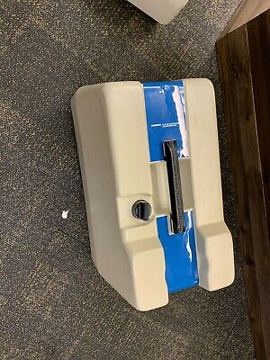 VonSchrader VS2 UPHOLSTERY EXTRACTION SYSTEM USED NO ATTACHMENTS UNIT ONLY