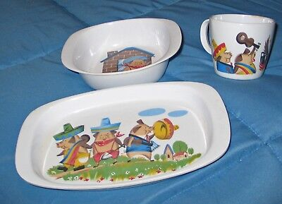 Three Little Pigs THREE Piece Youth Set Plastic Plate, Bowl & Cup