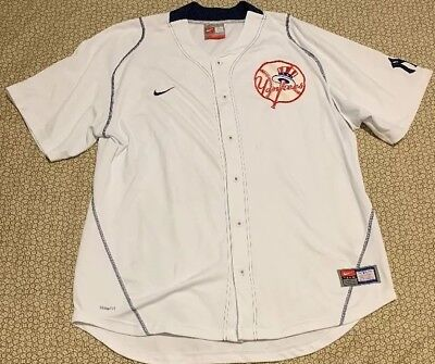 a54ab0306b5 VINTAGE NIKE MENS New York Yankees Baseball Jersey Sz Small MLB ...