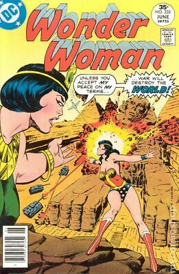 Wonder Woman (1st Series DC) #232 1977 FN+ 6.5 Stock Image