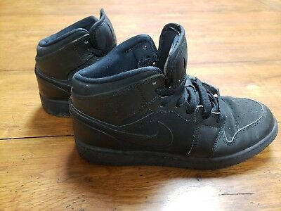 low priced 7dd0e 59580 NIKE AIR JORDAN 1 Mid Boys 4Y Retro Basketball Sneakers Shoes Youth  554725-011