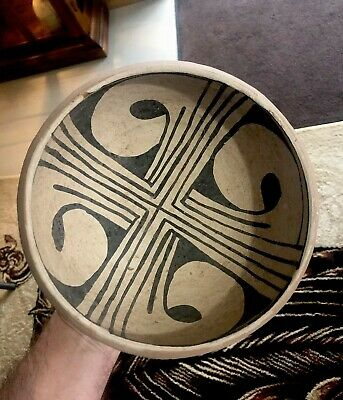 "MLC S2830 OLD 7"" Pre Columbian Pot Pottery Painted Design"