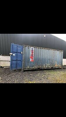 20ft shipping container/  Secure Store - ELLIOTT ❌ NO VAT ❌ With Racking Inside