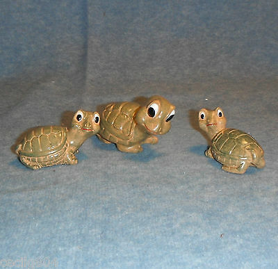 Mom And 2 Baby Turtle  Figurines
