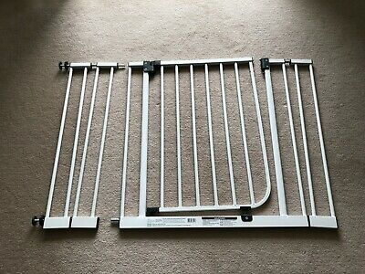Target Deluxe Safety Gate with an extra extension