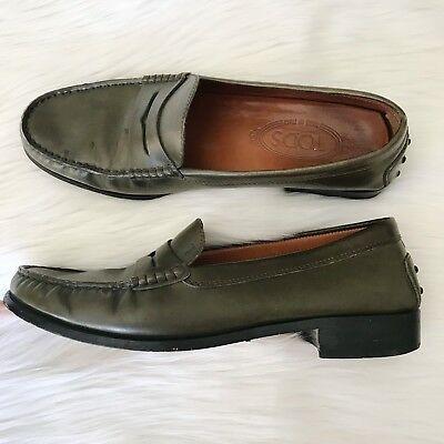 86f8eebb1d3 Women s Tod s Size 40 Olive Green Leather Penny Loafers Driving Shoes 10
