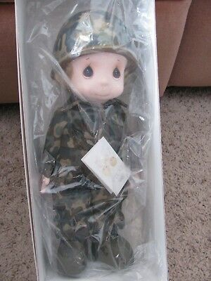 """Precious Moments Doll In Lords Army """"purple Heart Of Courage"""" New In Box"""