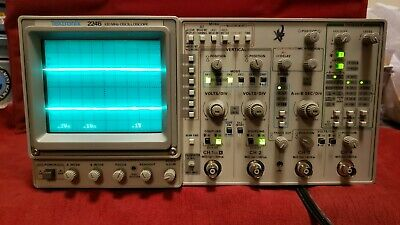 Tektronix 2246 Analog Oscilloscope -8476