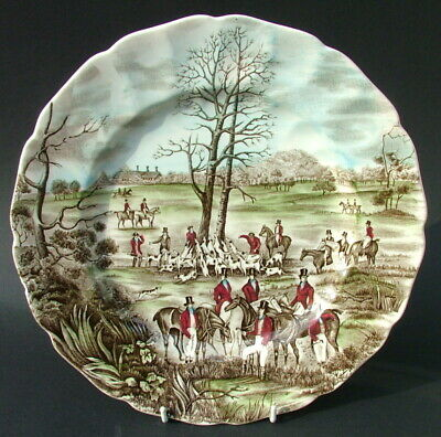 """1960's Johnson Brothers Tally Ho """"The Kill"""" Large Size Dinner Plate 27.5cm Dia"""