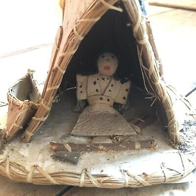Old Native Canadian American Vintage APACHE Teepee And Doll Canoe Black Bear
