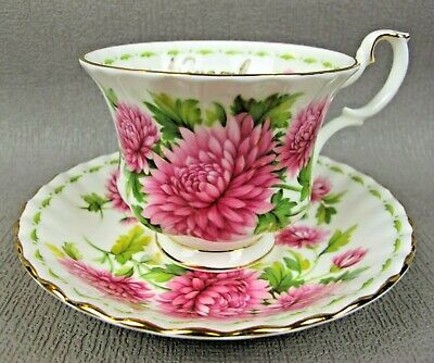 Vintage Royal Albert Flower Of The Month November Chrysanthemum TEA CUP & SAUCER