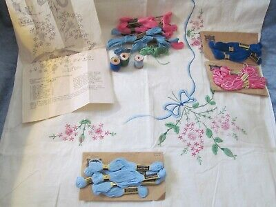 """VTG Linen Embroidered Tablecloth Kit 49"""" Square w/Floss PreWorked Floral Bows"""