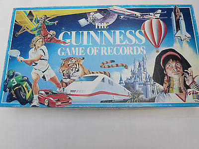 146106c61ed 'The Guinness Game of Records' Vintage Fun Board Game. Fast Postage! Bargain