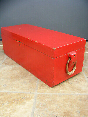 vintage / antique shabby chic pine toolbox / trunk / toy chest / coffee table