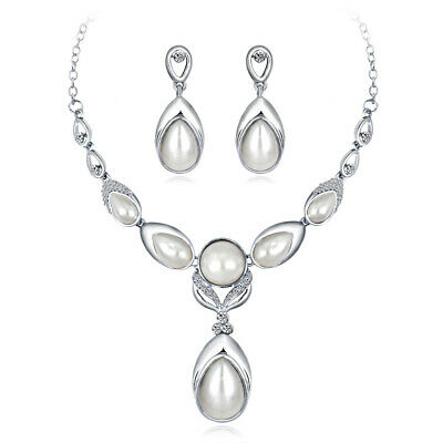 Womens Elegant Bridal Crystal Diamante and Pearl Necklace and Earrings Set