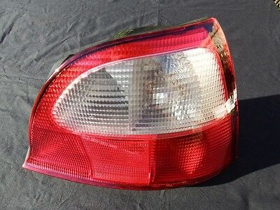 MG ZR ROVER 25 200 BUBBLE STREETWISE OFFSIDE DRIVER SIDE REAR LIGHT SMOKED TYPE