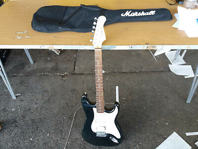 Rocket Deluxe Electric Guitar w/Marshall Case (562)