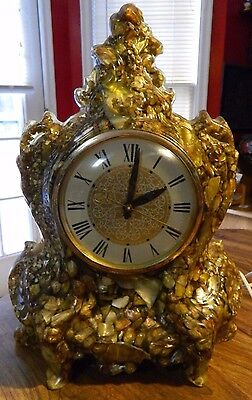 Vintage Handcrafted Resin Mother Of Pearl Mantle Clock Tennesee Shell Co Working