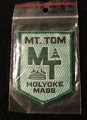 MT TOM Vtg NOS Lost Ski Area 1962-98 Skiing Patch MASSACHUSETTS Souvenir Travel