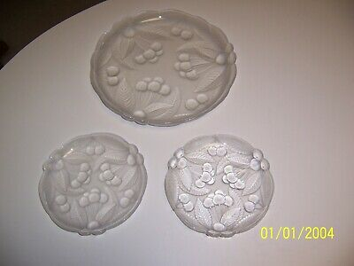 """MIKASA Bountiful Cherry Collection LOT 12"""" frosted 7.5"""" frosted 7.5"""" clear EUC"""