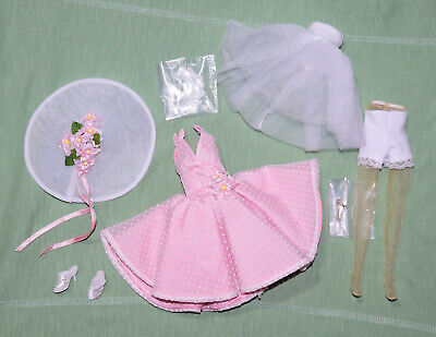 "Tonner 10"" Tiny Kitty Parisian Brunch Pink Outfit Complete Fits Simone Rouge"