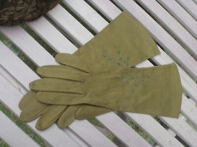 Vintage Heavenly Touch by Aris Brown Cotton Gloves Size 7 circa 1960s