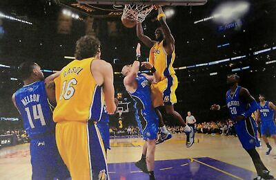 Lamar Odom UnSigned 13x20 Canvas Los Angeles Lakers 2 Hand Dunking