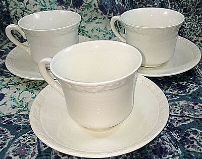 Beautiful Vintage Cream Wedgewood China Hedge Rose 3 Saucers & 3 Cups Set Lot