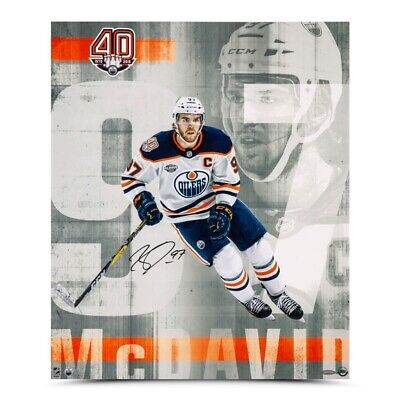 b225d428 Connor McDavid Signed Autographed 20X24 Photo