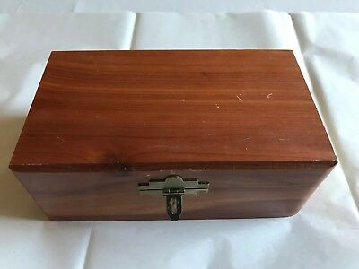 Pet Cedar Wood Memorial Box – Cremation Urn
