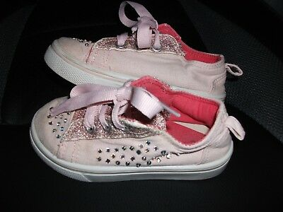 Girls Diamante & Glitter Pink trainers / Pumps Size 6 Infant