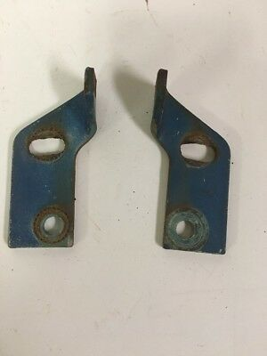 66-71 International Scout 800 Tailgate Latches