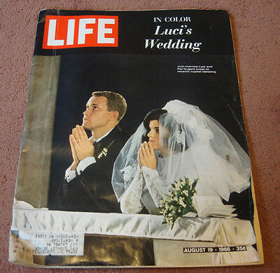 LIFE Magazine August 19 1966 LUCI'S WEDDING Ad Coca Cola Ford Volkswagen Vintage