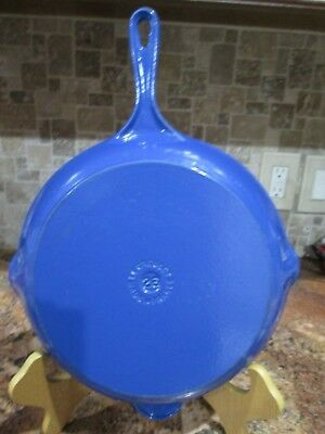 """Le Creuset Cast Iron Round Grill Skillet Marseille Blue #26, 10"""" Immaculate Euc"""