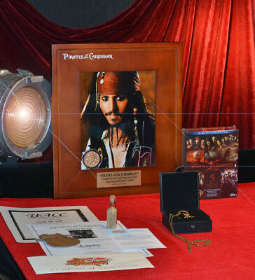 PIRATES OF THE CARIBBEAN Disney COIN Prop, DVD, JOHNNY DEPP Signed, DISNEY COA
