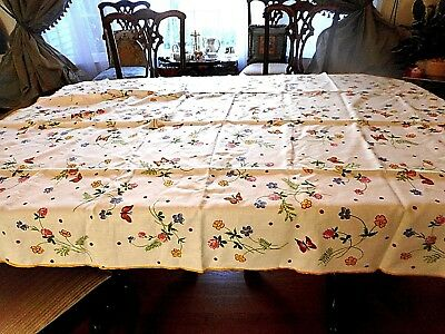 "Vintage Set Print Rectangular Tablecloth Flowers 66"" x 52"" 6 Napkins  C. 1960's"