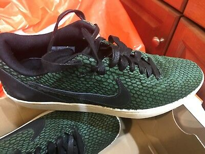 best service 4a99f c287c Nike sz 8 Kobe 8 NSW Lifestyle LE Shoes NEW  110 582552-300 George Green