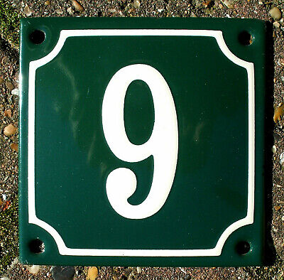 CLASSIC ENAMEL HOUSE NUMBER 9 SIGN. CREAM No.9 ON A GREEN BACKGROUND. 10x10cm.
