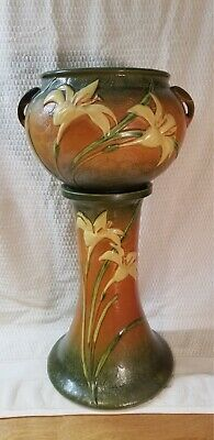 Roseville Jardiniere and Pedestal. Zaphyr Lily 671-8