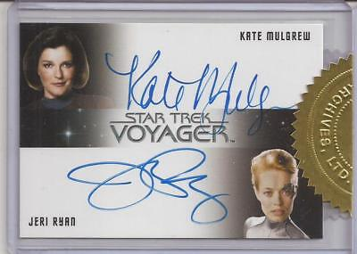 Kate Mulgrew and Jeri Ryan Autograph Card Star Trek Voyager Heroes and Villains