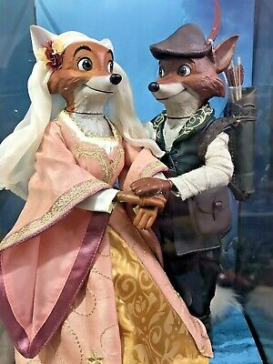 DISNEY Designer Fairytale Collection Robin Hood and Maid Marian Limited Doll Set