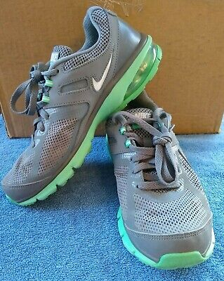 hot sales 867df 3b3ab NIKE AIR MAX Defy RN RUNNING Tennis Shoe Gray Green womans SIZE 8 599390-013