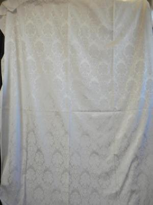 """Gorgeous White Damask Tablecloth with Table Runner 59"""" x 101"""" long"""